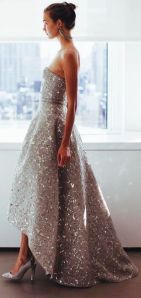 Oscar de la Renta hi/low hem Gown