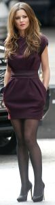 Sheath dress in burgundy with a belt and side pockets